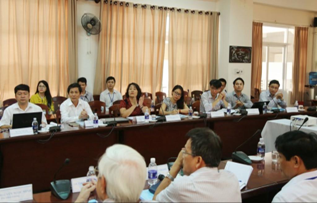 UB Văn hóa, Giáo dục, Thanh niên, Thiếu niên và Nhi đồng của Quốc hội thăm ĐH Duy Tân Anhtren_gdmx