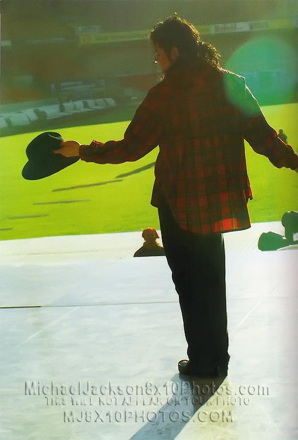 Raridades: Somente fotos RARAS de Michael Jackson. Michaeljacksonphotosbadtourrehearsalsau2510_3a