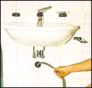 Curso básico de fontanería Como-desatascar-sifones_3462_23_2