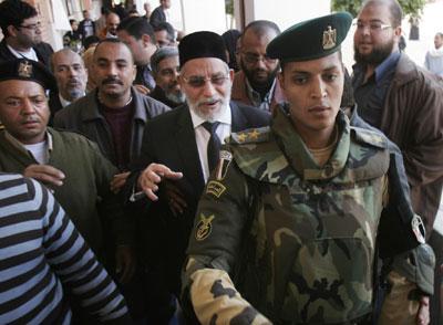Egipto:  lo que dicen y lo que hacen el Estado y  las  fuerzas capitalistas. 1323981380786egipciosdn