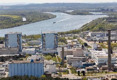 Francia, nuclear. Ocultan radiactividad de la explosión en instalación de Marcoule. 131583522375420110912-4057432dn