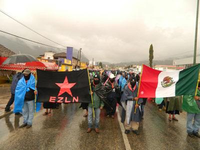 México. Democracia y malestares varios. Mano dura y verso lindo. 1356170366280ezln2-detalledn
