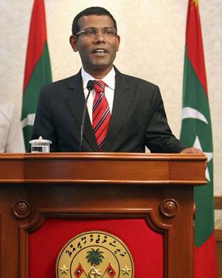 Maldivas: Golpe de Estado 1328605901148nasheed-detalledn