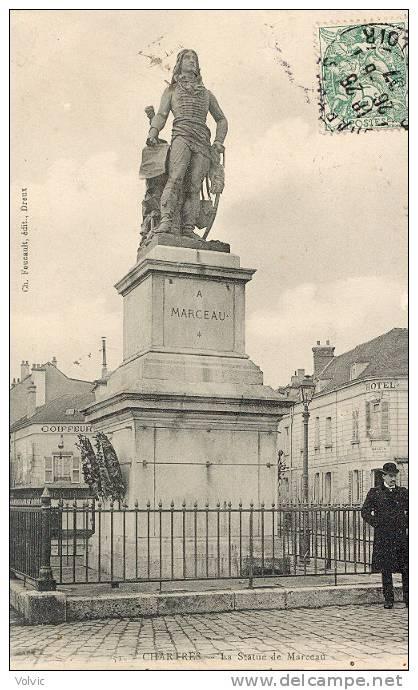 La statue du général Marceau à Chartres 375_001