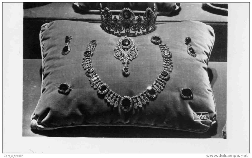 Exposition : Marie-Antoinette à Versailles (1955) - Les bijoux  - Page 3 450_001