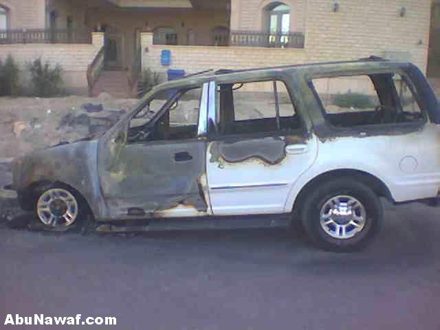 صور لسيارة احترقت وبداخلها قران كريم لم يحترق Fire2