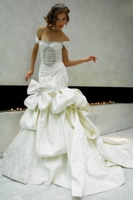 صور فساتين وتسريحات زفاف منوعة 10