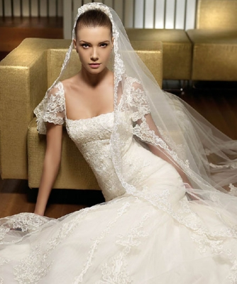 صور فساتين وتسريحات زفاف منوعة 4