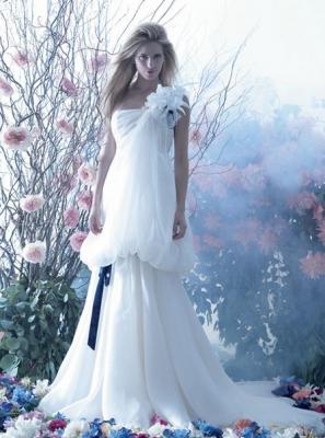 صور فساتين وتسريحات زفاف منوعة 6