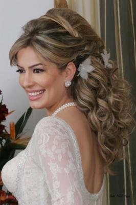 صور فساتين وتسريحات زفاف منوعة 7