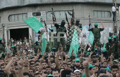 صور عرض عسكري لمجاهدين حماااااااااااااس.......غزة 28