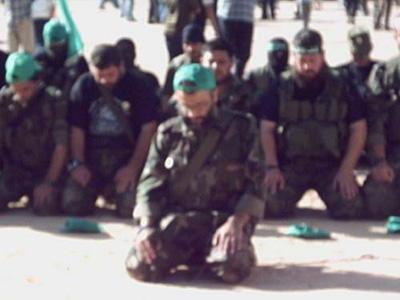 صور عرض عسكري لمجاهدين حماااااااااااااس.......غزة 9