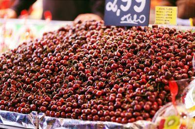 سحر  الالوان  في سوق  بوكيريا  البرشلوني 39013866318