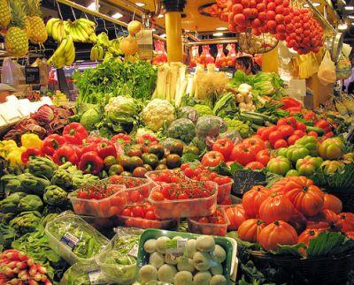 سحر  الالوان  في سوق  بوكيريا  البرشلوني 39013866323