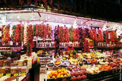 سحر  الالوان  في سوق  بوكيريا  البرشلوني 39013866326