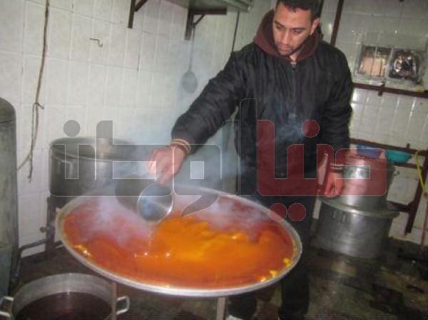 """أقدم محل لصناعة """"الكنافة النابلسية"""" الأكلة الشعبية العريقة..طريقة تحضيرها..ولماذا يعشقها الناس ؟ 3909874121"""