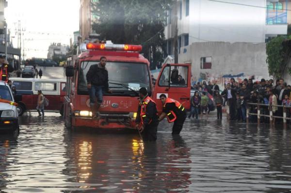 الامطار تغرق البلاد 5-12-2013 3910049285