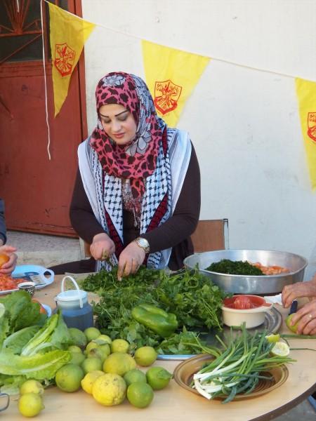 يوم تراثي فلسطيني في مخيم الرشيدية 3910061658