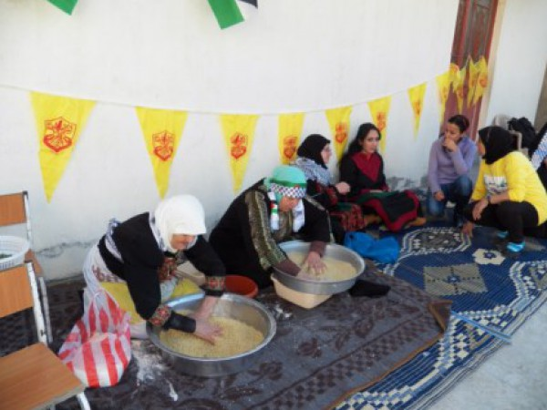 يوم تراثي فلسطيني في مخيم الرشيدية 3910061663