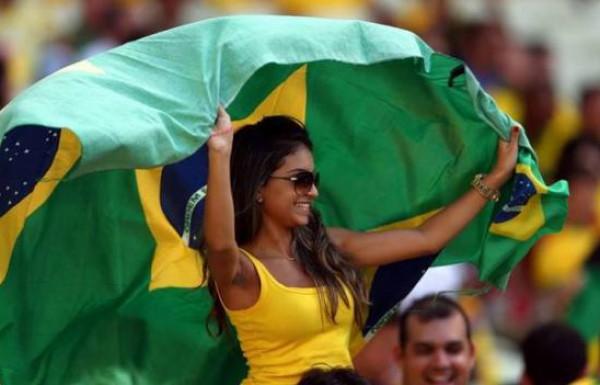 مشجعات البرازيل 3910158860