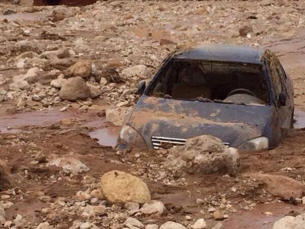 فيضانات سيناء في شهر ايار 2014 3910163988