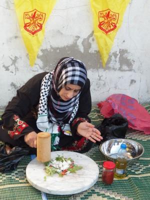 يوم تراثي فلسطيني في مخيم الرشيدية 9998427610