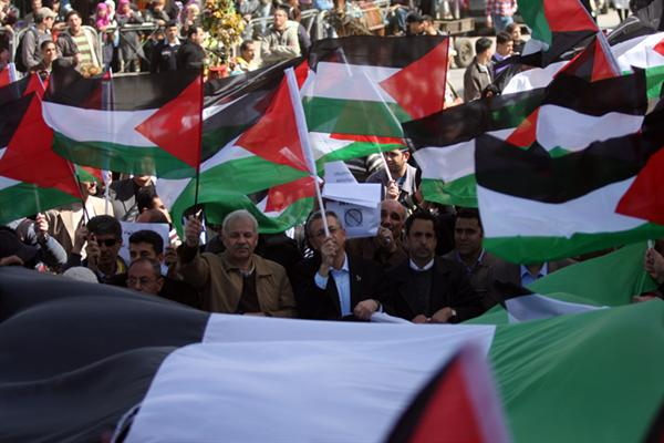 بالصور الشعب الفلسطيني يريد إنهاء الإنقسام  73