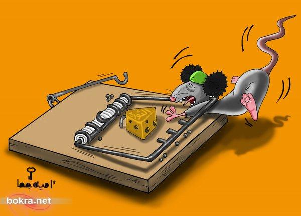 كاريكاتور قذافي...كيف سيتصرف الآن؟!  051245412125