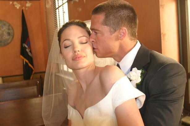 اخيرا زفاف براد بيت وانجلينا جولي 02014_8_28_17_5_12_619