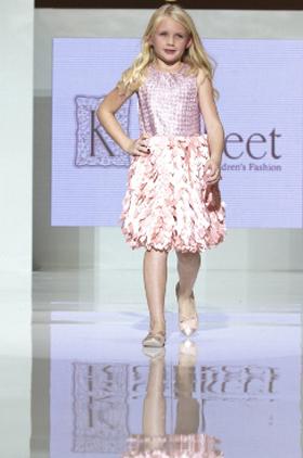 عارضو الأزياء الصغار Katakeet-fashion-show-4