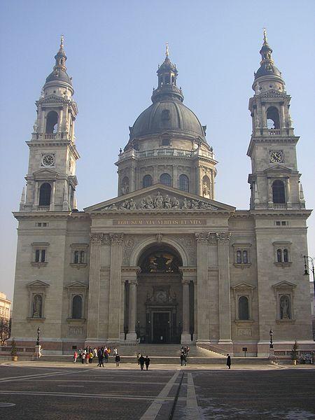 بودابست ثورة بالسياحة وتاريخ من الحضارة 450px-Almog_8_Budachurch