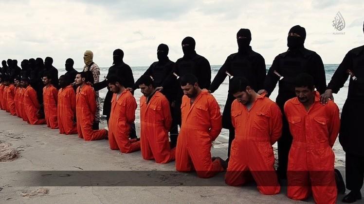 الوقائع الكاملة لأستشهاد 21قبطيا فى ليبيا على يد داعش 15/2/2015 2049212942