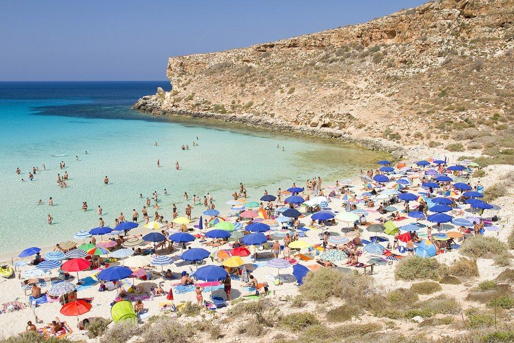 20 شاطئ وجزيرة مناسبة لرحلات الشباب في صيف 2016 1806875187
