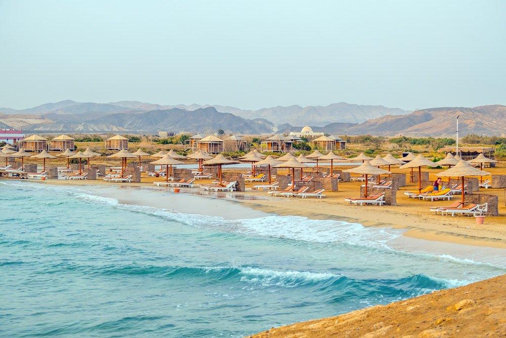 20 شاطئ وجزيرة مناسبة لرحلات الشباب في صيف 2016 975062290
