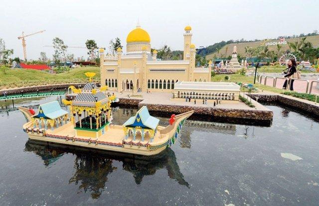 مساجد في آسيا تحف معمارية عصرية 1331051573