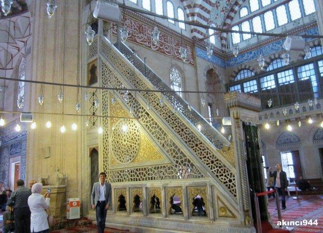 مساجد في آسيا تحف معمارية عصرية 267250256