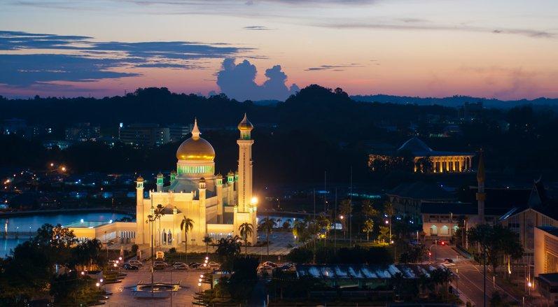 هيا لنسافر إلى سلطنة بروناي الإسلامية 1483938706