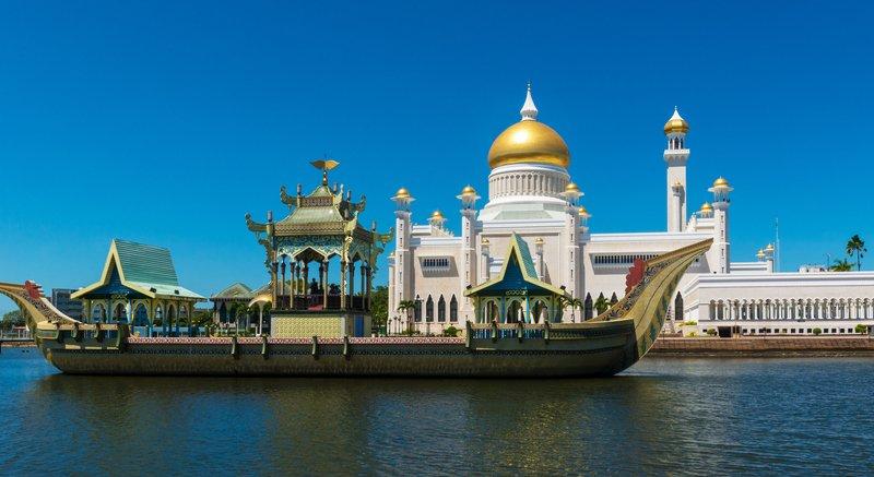 هيا لنسافر إلى سلطنة بروناي الإسلامية 815900777
