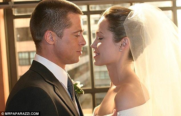 اخيرا زفاف براد بيت وانجلينا جولي 1670816282