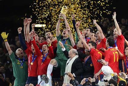 إسبانيا تعتلي عرش العالم Spain3-420x0