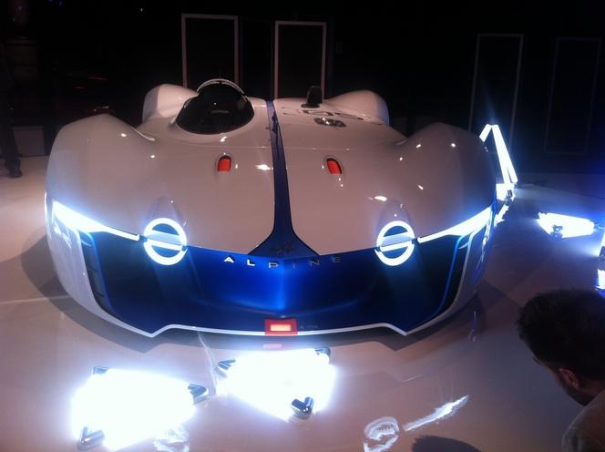 2015 - [Alpine] Vision GT Concept - Page 3 S1-Alpine-devoile-son-concept-Vision-GranTurismo-343345