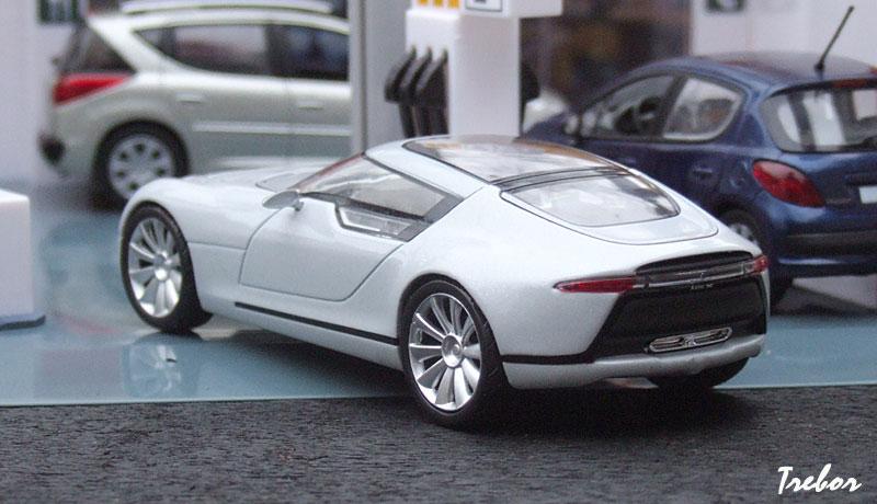 السيارات الاروع في نظري S0-Miniature-1-43eme-SAAB-Aero-X-92626