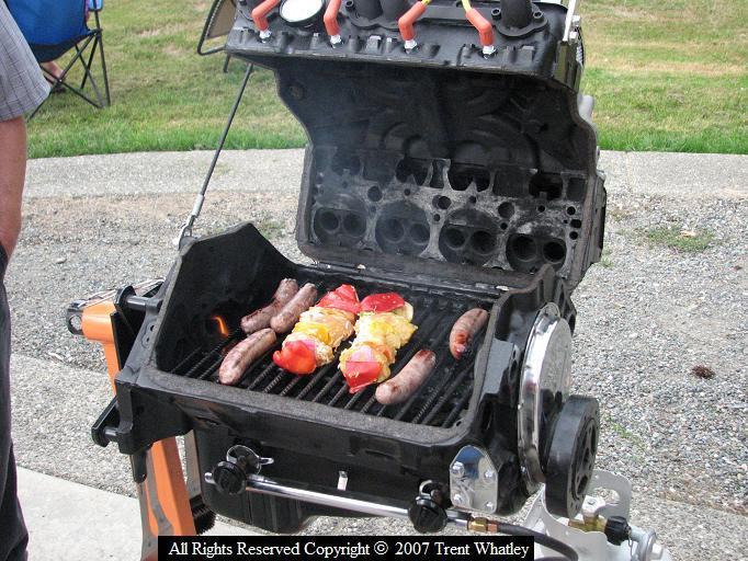 V8 Pas Cher S0-Barbecue-tuning-pour-les-amateurs-de-saucisses-134178