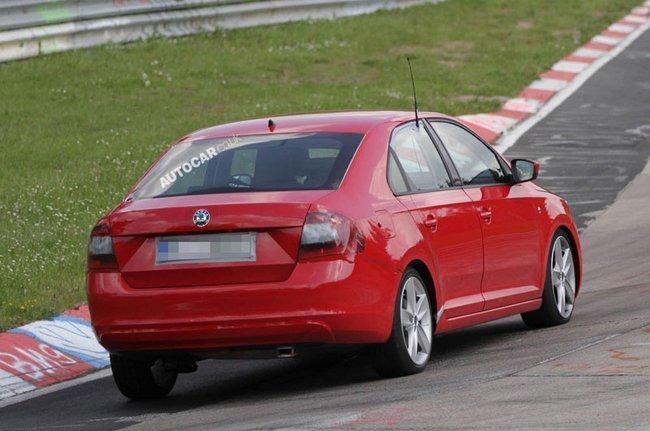 2012 - [Skoda] Rapid - Page 2 S0-La-Skoda-Rapid-surprise-sur-le-Nurburgring-263548