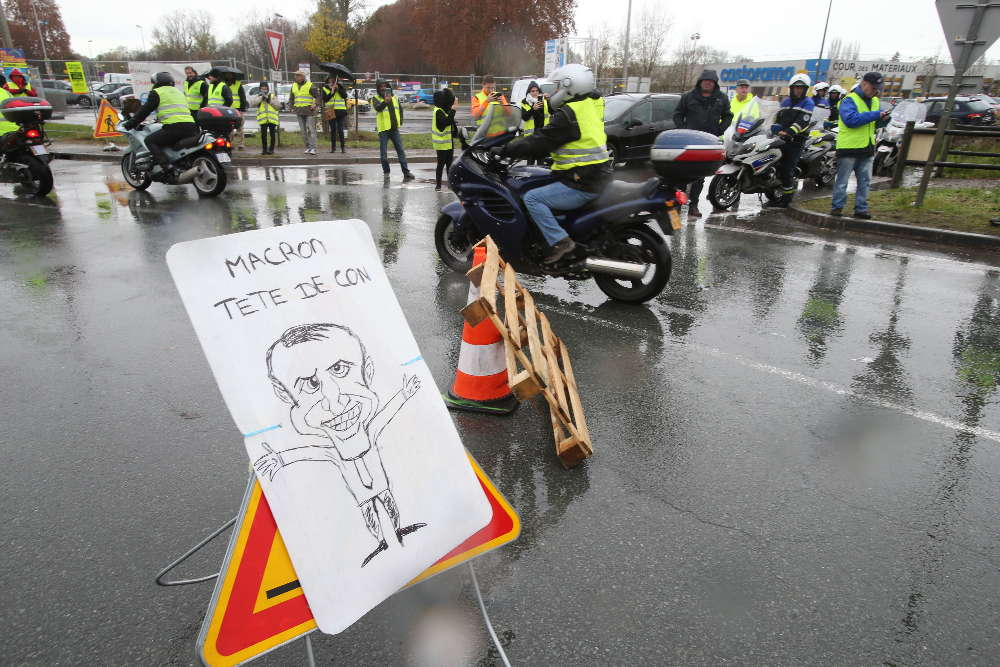 Convergence des luttes. Appel au 5 mai. La Fête à Macron !  - Page 3 Un-message-pour-le-president