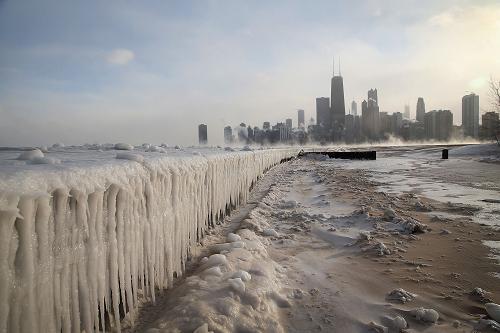 موجة برد قطبية غير مسبوقة تشل مدينة شيكاغو الأمريكية  001aa0ba1bb11435e01f55