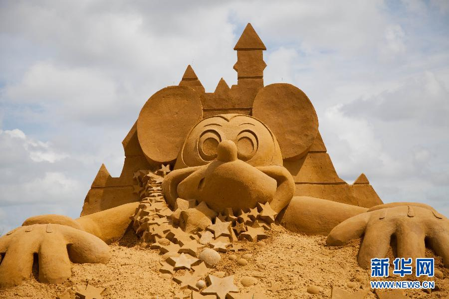 Les statues de sable  - Page 2 001ec94a27151145277b2b