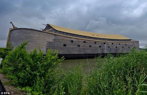 L'arche de Noé en taille réelle 00114321088d116628be1f