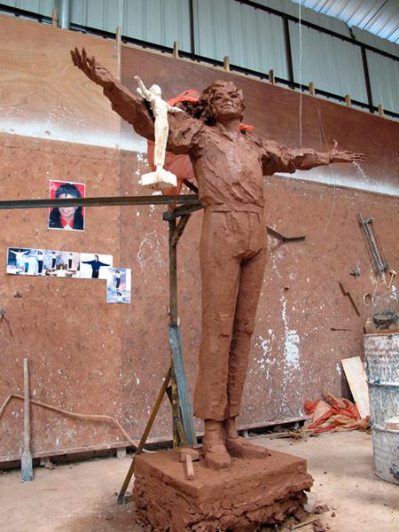 [LA STATUA È STATA INAUGURATA - FOTO E VIDEO] Fans cinesi finanziano la costruzione di una statua di MJ - Pagina 2 001372a9ae270e1fb9d50a