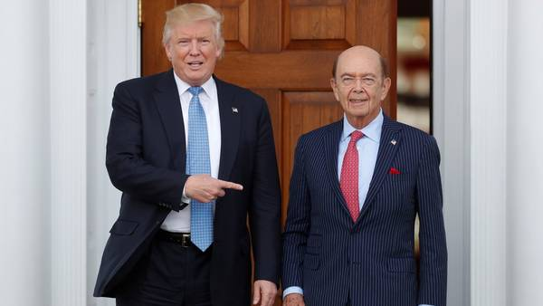 EL HOMBRE ORQUESTA ES ........... - Página 3 Donald-Trump-Wilbur-Ross-AP_CLAIMA20161124_0070_28
